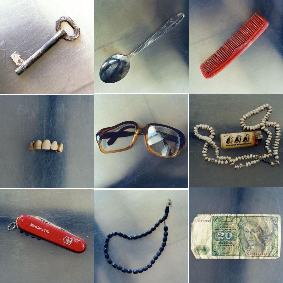 Persönliche Gegenstände, Tuzla, 2002.