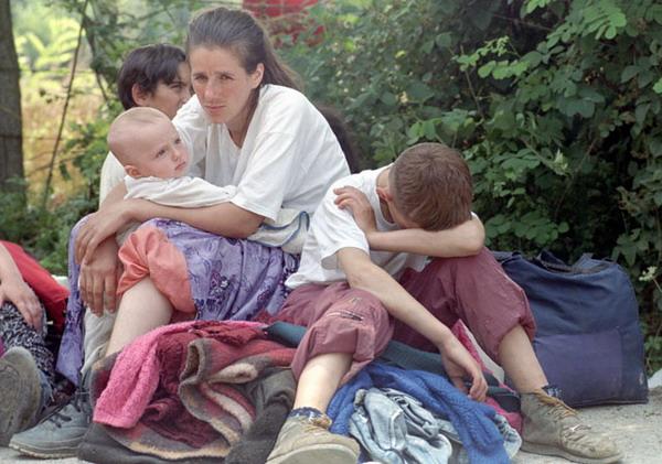 Tuzla, UN-Basis, Flüchtlinge aus Srebrenica, 15.07.1995.