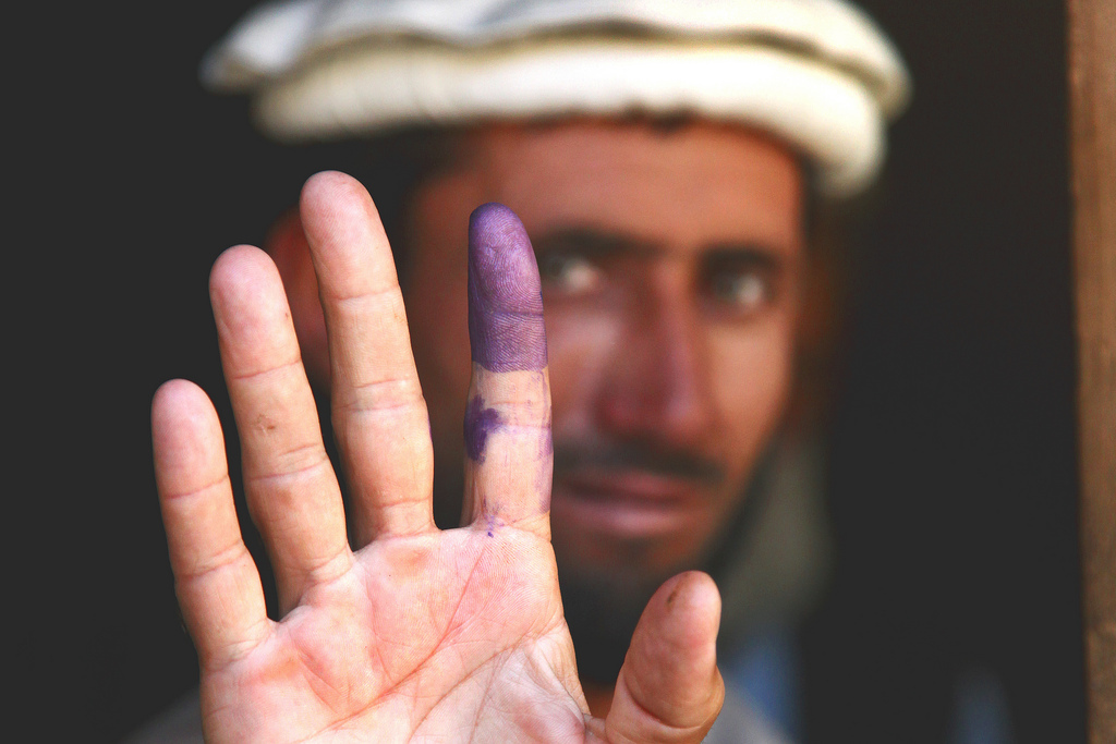 Afghanistan's Presidential Election of 2014: Who is leading