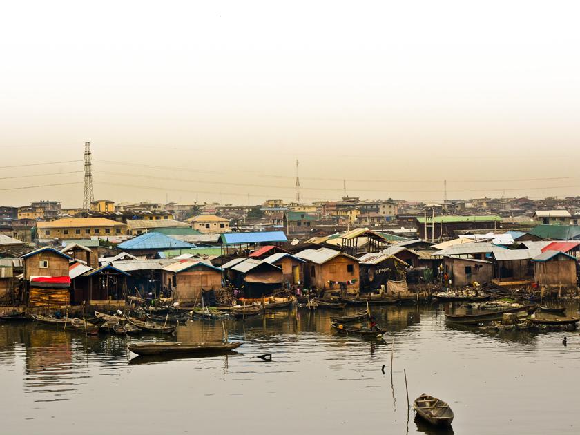 dossier nah am wasser gebaut zukunftsaussichten der megacity lagos heinrich b ll stiftung. Black Bedroom Furniture Sets. Home Design Ideas