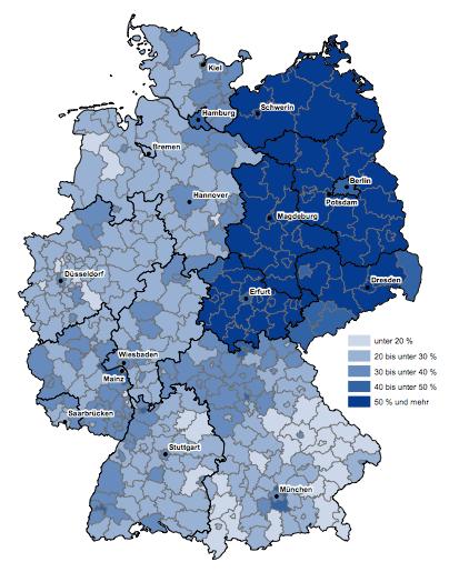 Bild 1: aus Kindertagesbetreuung regional 2015, S.11, Statistisches Bundesamt, Wiesbaden, 2016; Verwaltungsgrenzen: Bundesamt für Kartographie und Geodäsie, Frankfurt am Main, 2015