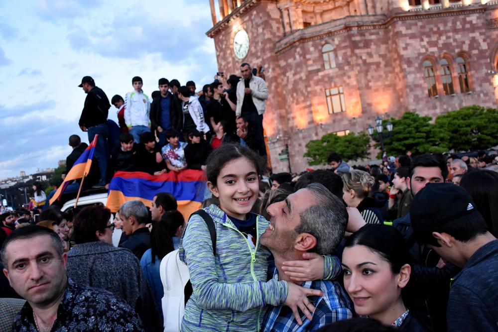 Armeniens Samtene Revolution Heinrich Boll Stiftung