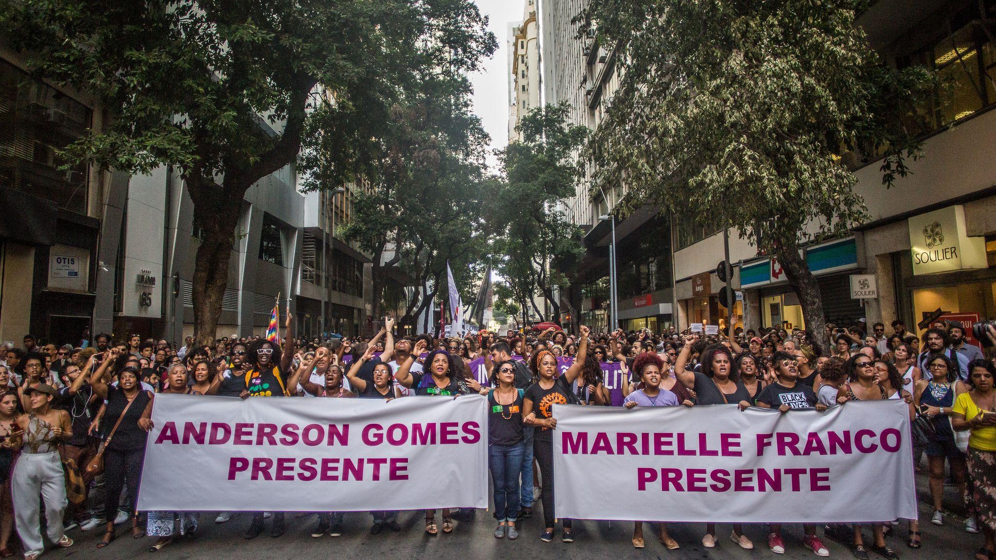 Brasilianische lesbische Fußanbetung