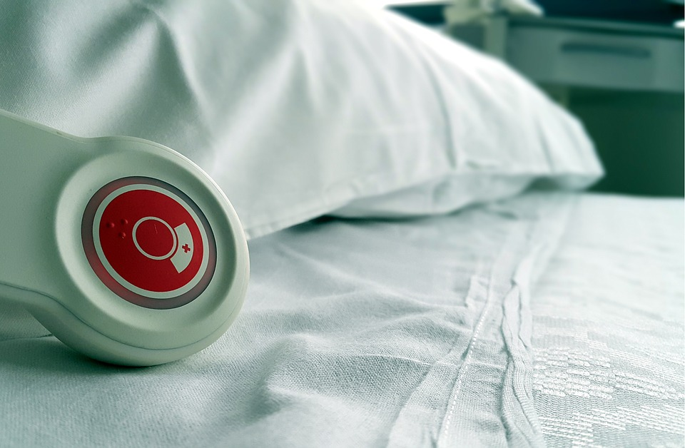 Vulnerability And Chaos In The Hungarian Healthcare System